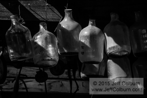 Hanging Jugs - GOLDKING0628